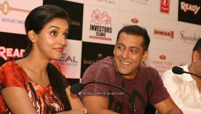 Asin and Salman khan at Ready promotion stills