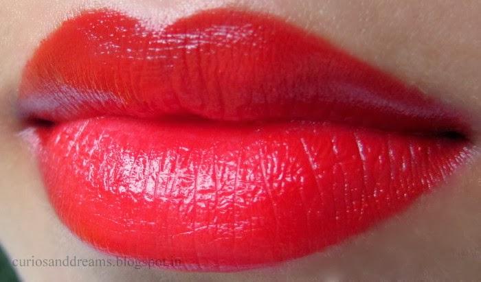 Lakme Enrich Satin Lipstick 352 review, Lakme Enrich Satin Lipstick 352 cherry review, Lakme Enrich Satin Lipstick cherry review