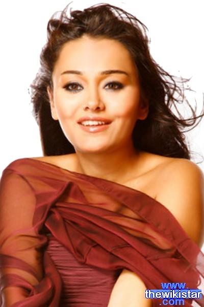 الممثلة المصرية راندا البحيري Randa El Behiry