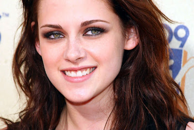 Kristen Stewart - Gigi Kelinci
