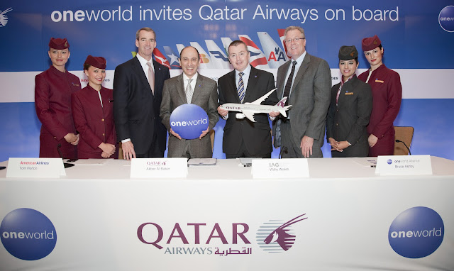 L-R Tom Horton (AA), Akbar Al Baker (QR), Willie Walsh (BA and IB), Bruce Ashby (CEO OW)
