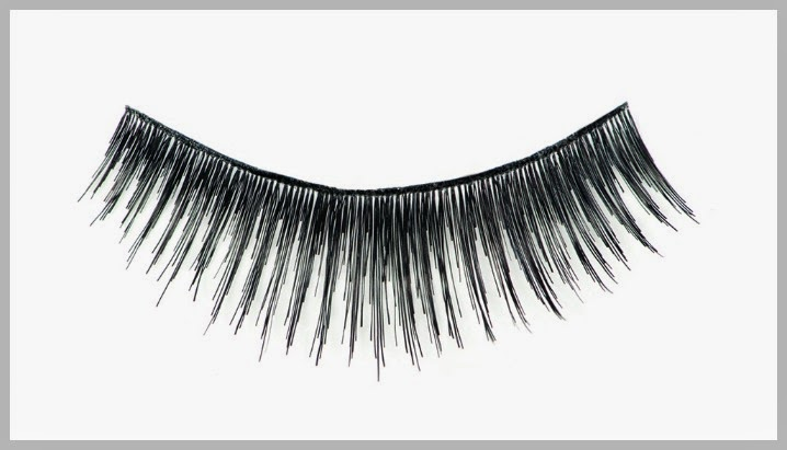 NYX Wicked Lashes in MALEVOLENT