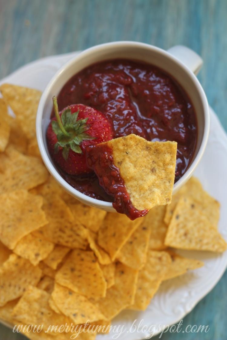 Merry Tummy: Strawberry Chutney: Indian Style Sweet and Spicy Chutney