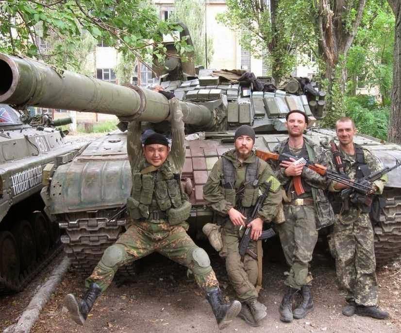 Milicianos a serviço da Rússia lutam pelo plano que visa afundar Ocidente