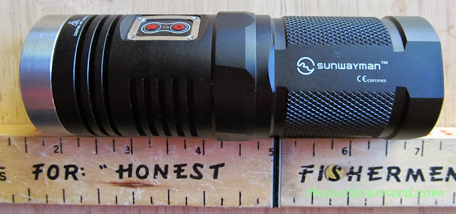 Sunwayman D40A [4xAA Flashlight] - Next To Ruler