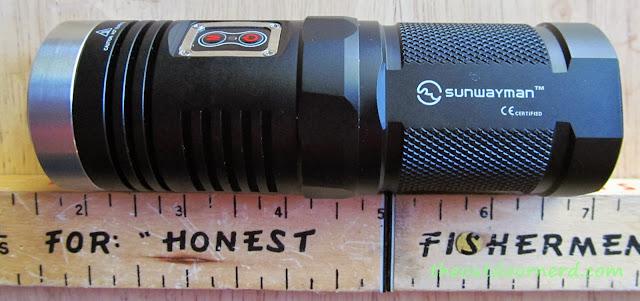 Sunwayman D40A [4xAA Flashlight] - Next To Ruler