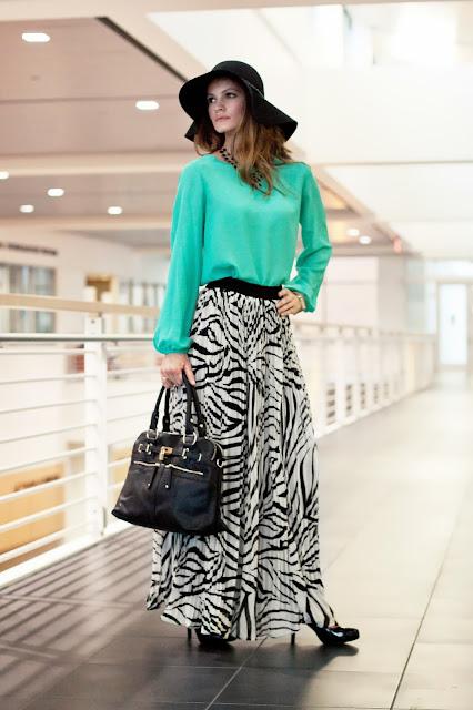 modest pleated zebra print maxi skirt   Mode-sty tznius hijab fashion