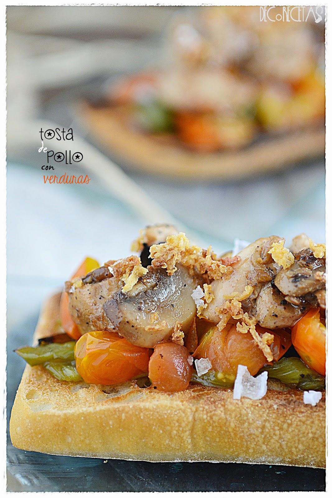 tosta de pollo con verduras