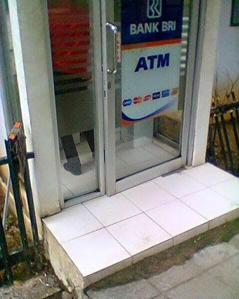 Pembayaran pertama, Gaji Pertama, Cara ambil uang di ATM. PLN Pamekasan