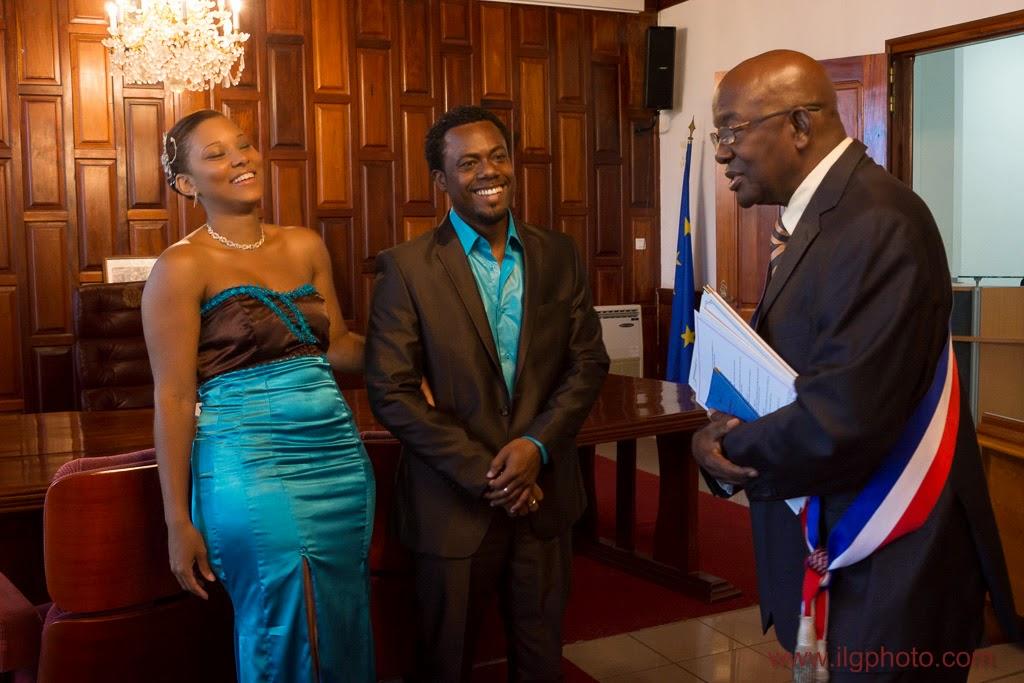 Mariage de Steffy et Manuel: fou rire avec l'adjoint au maire