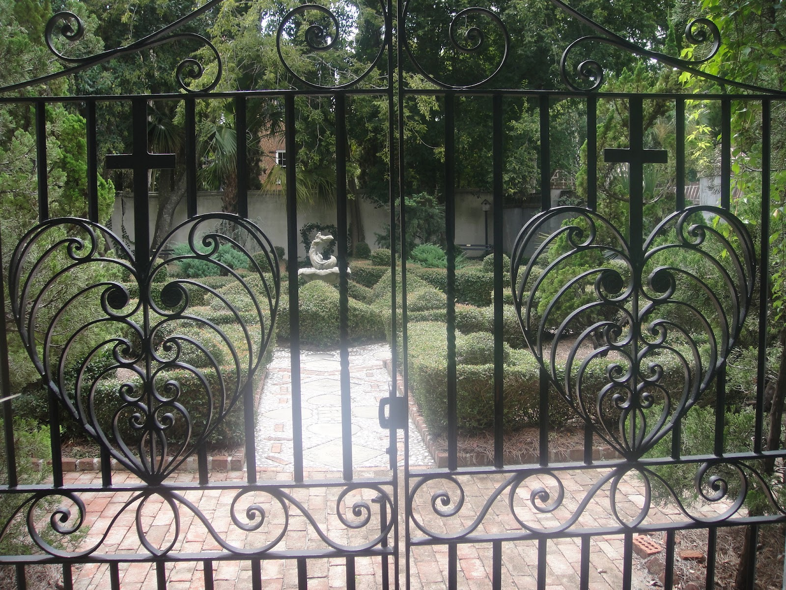 Gardenenvy: i heart philip simmons garden