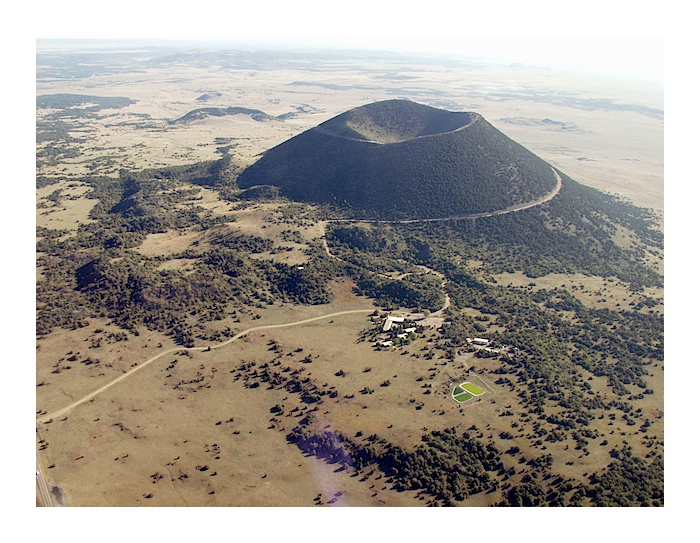 how tall is capulin mountain