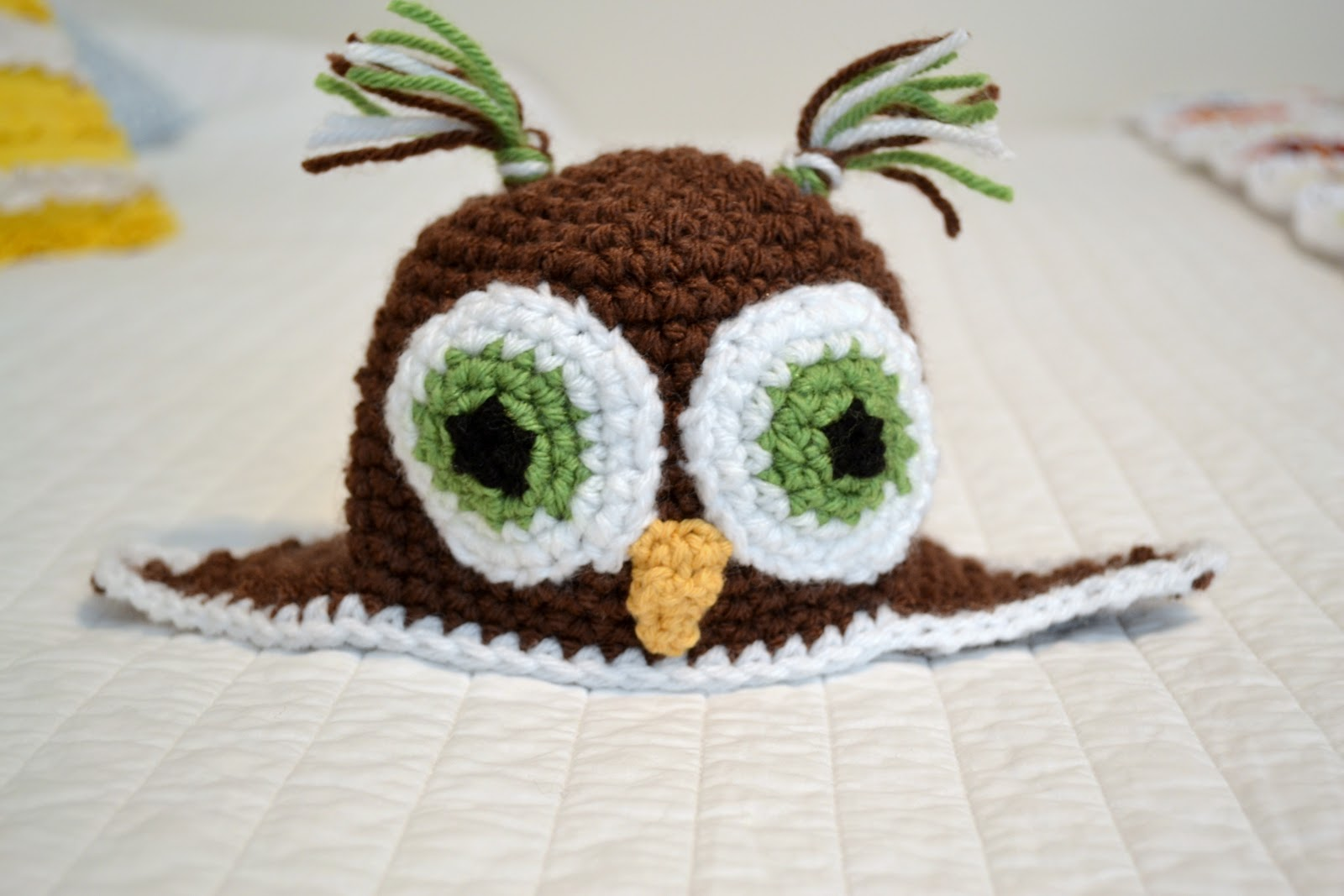 All Things Bright and Beautiful: Crochet Owl Beanie Pattern