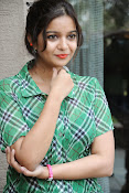 Swathi Glam photos in green-thumbnail-16