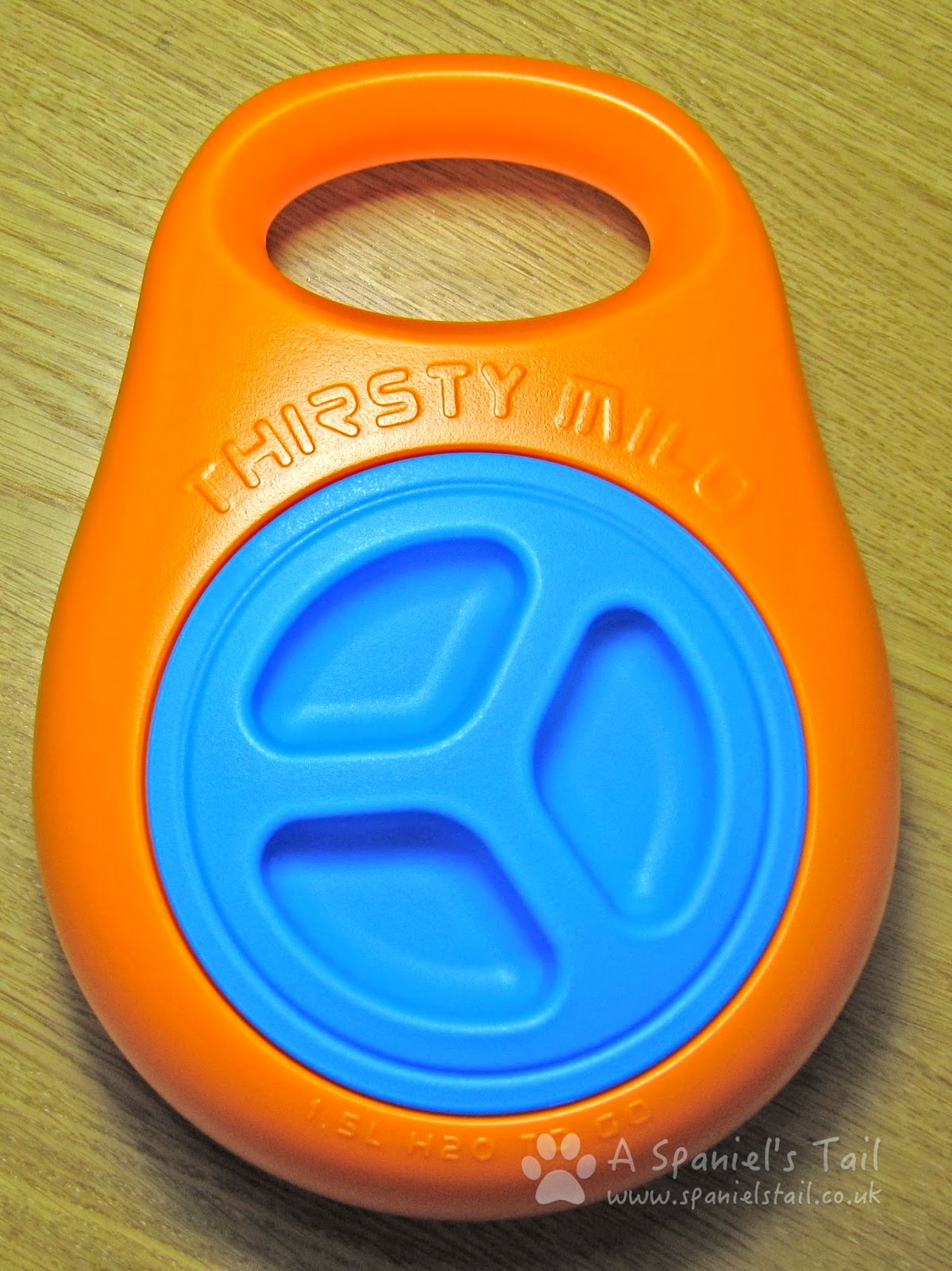 A Spaniel's Tail Product Review Thirsty Milo Portable Water Bowl