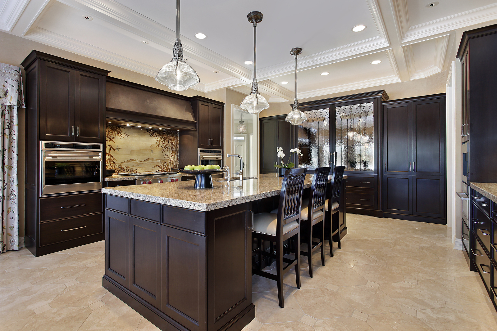 Fresh coat of paint light vs dark kitchens for Dark kitchen cabinets with light island