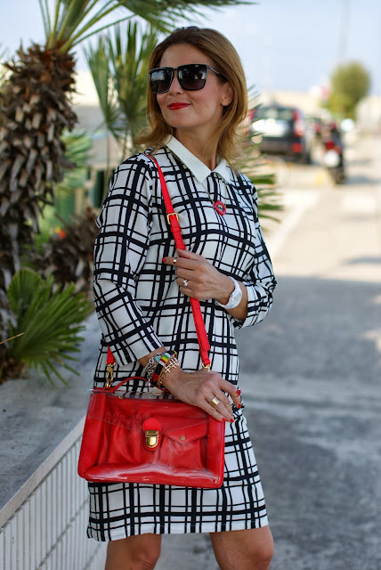 frontrowshop check dress, red marc by marc jacobs bag, Fashion and Cookies, fashion blogger
