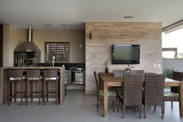 Casa brasileira com arquitetura e decora o moderna for Balcony ki design