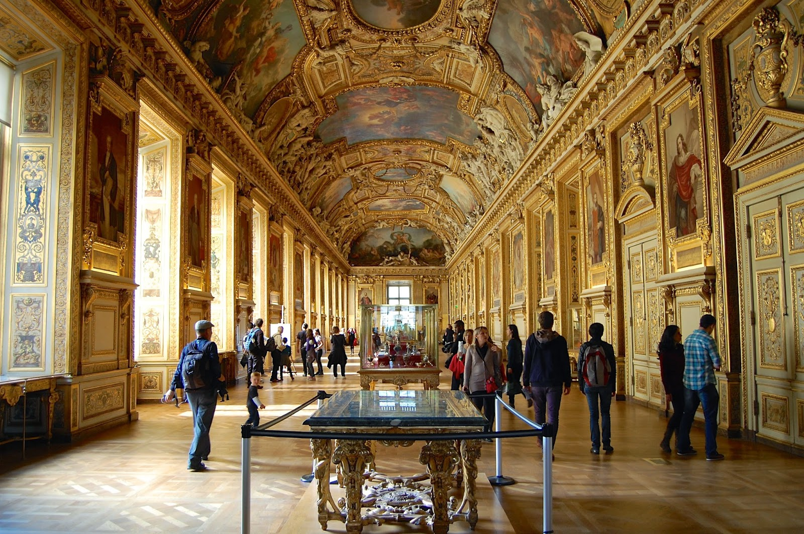 Room in the Musée du Louvre