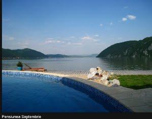 Cazanele Dunarii vazute din barca - Pensiunea Septambrie (click pe img)