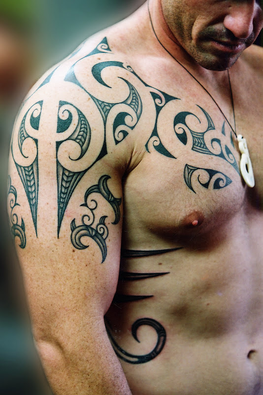 tattoos+for+men-free-tattooo..com-Awesome-Shoulder-and-Chest  title=