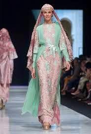http://tvonlinesow.blogspot.com/2014/10/gaun-pesta-muslimah-terpopoler.html
