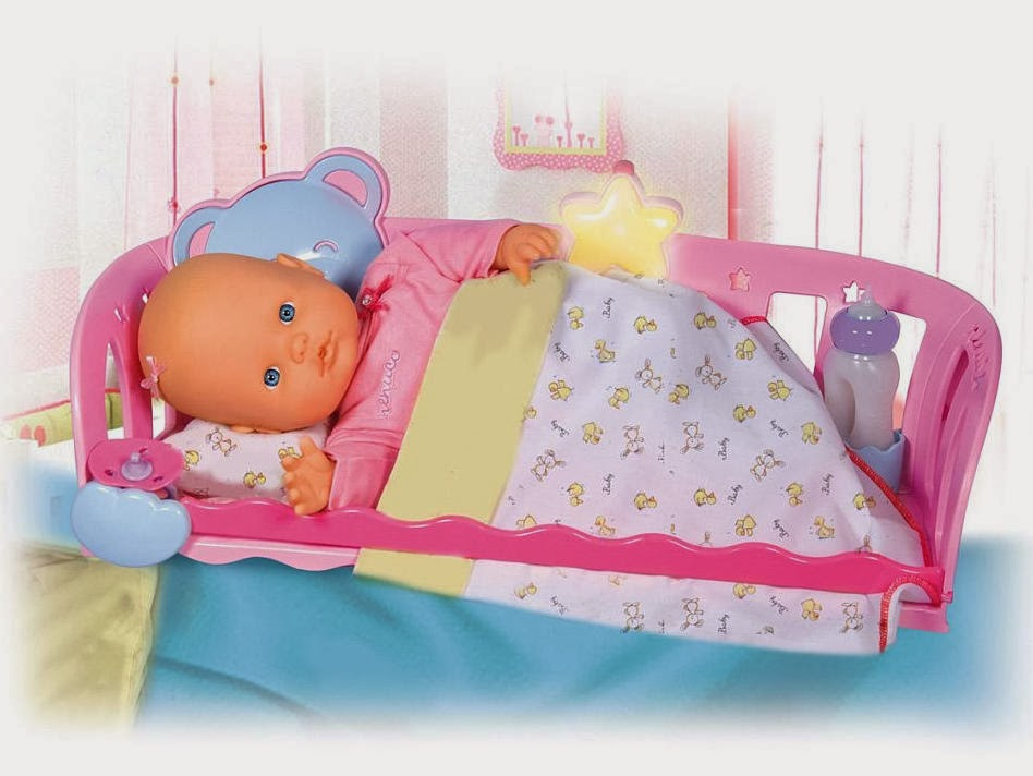 Nenuco doll and cradle