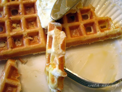 low-carb and high-protein waffles