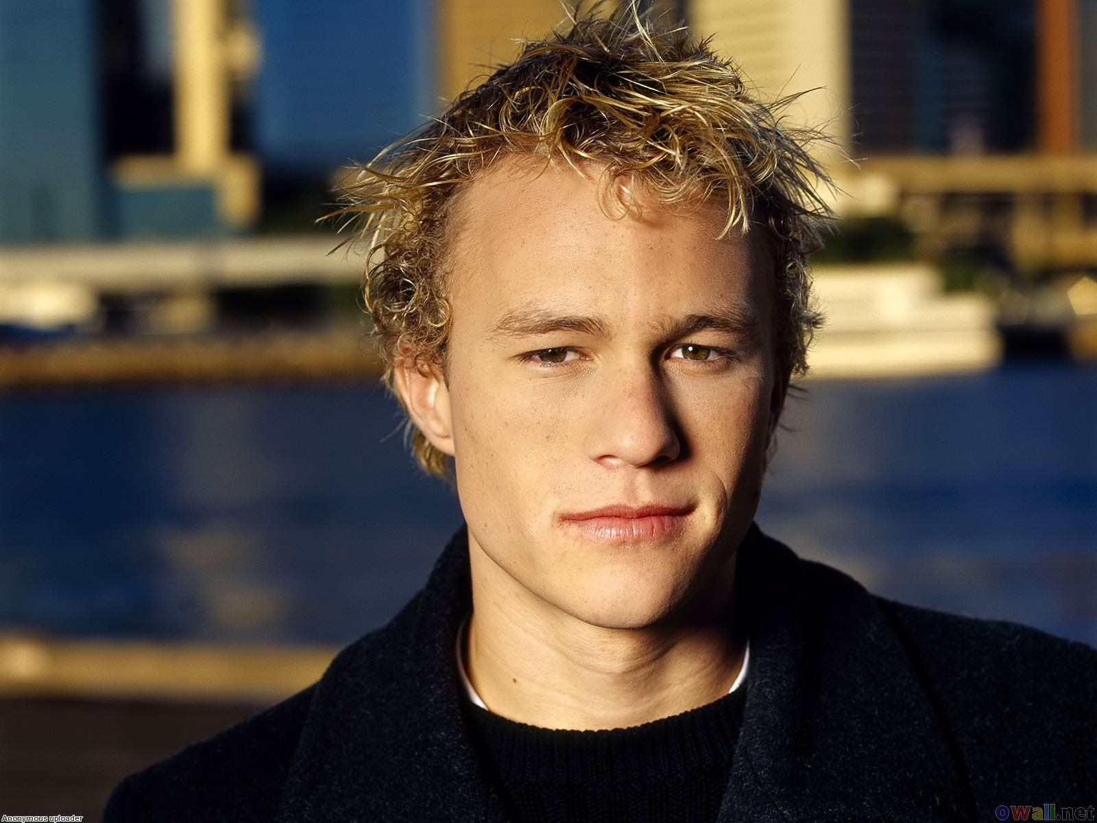 http://4.bp.blogspot.com/-LNpzqXOiZL0/TihPuy7_I7I/AAAAAAAAJY0/WKu09iJq_Ss/s1600/heath_ledger_australian_television_and_film_actor_1600x1200.jpg