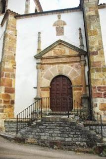 Villaviciosa, Sietes, iglesia de San Emeterio, portada lateral