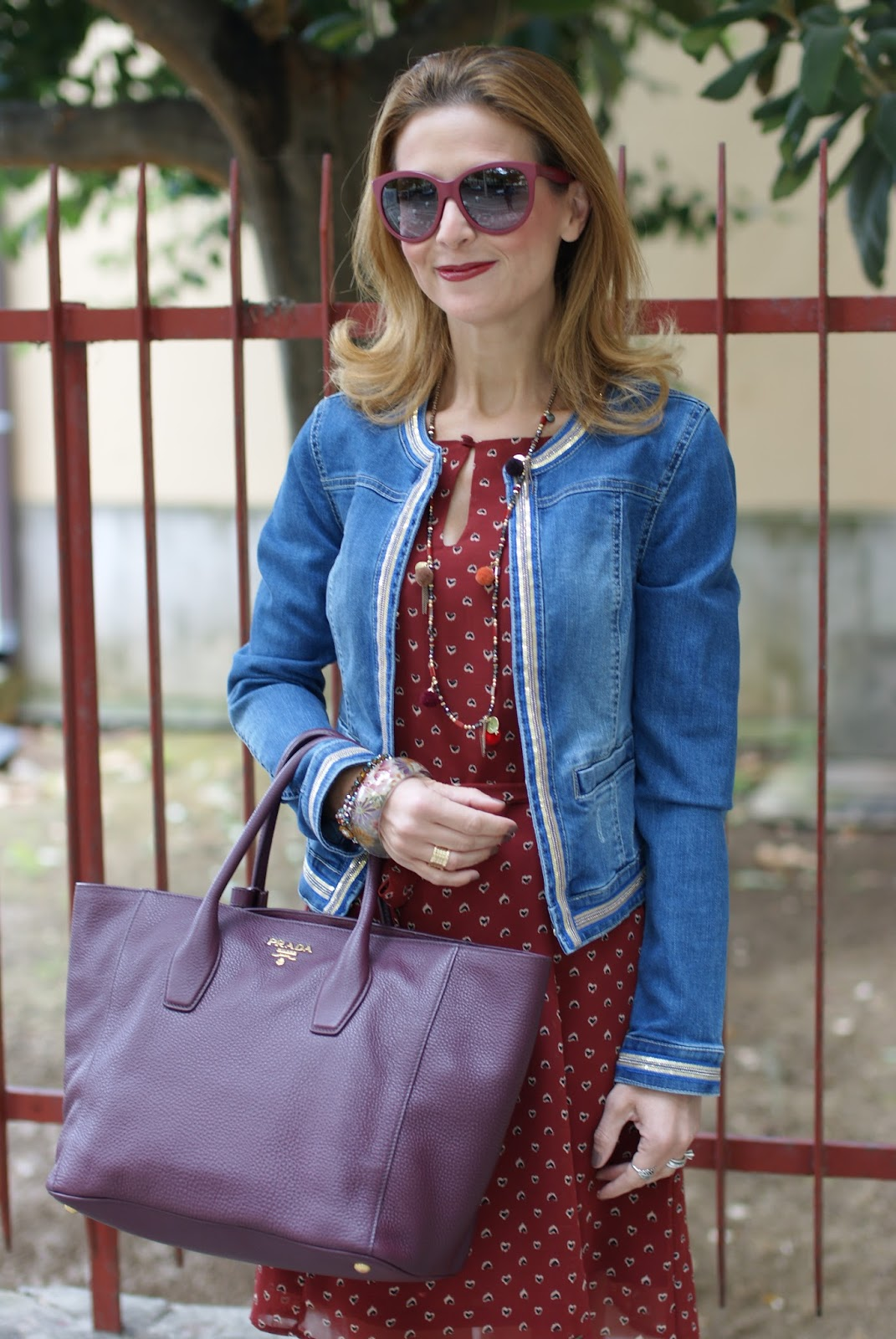 Fashion blogger fall colors look with Prada tote on Fashion and Cookies fashion blog, fashion blogger style