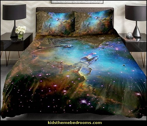 Decorating theme bedrooms maries manor outer space for Space shuttle quilt