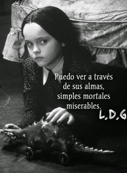 la doncella gótica †: Especial Merlina Addams