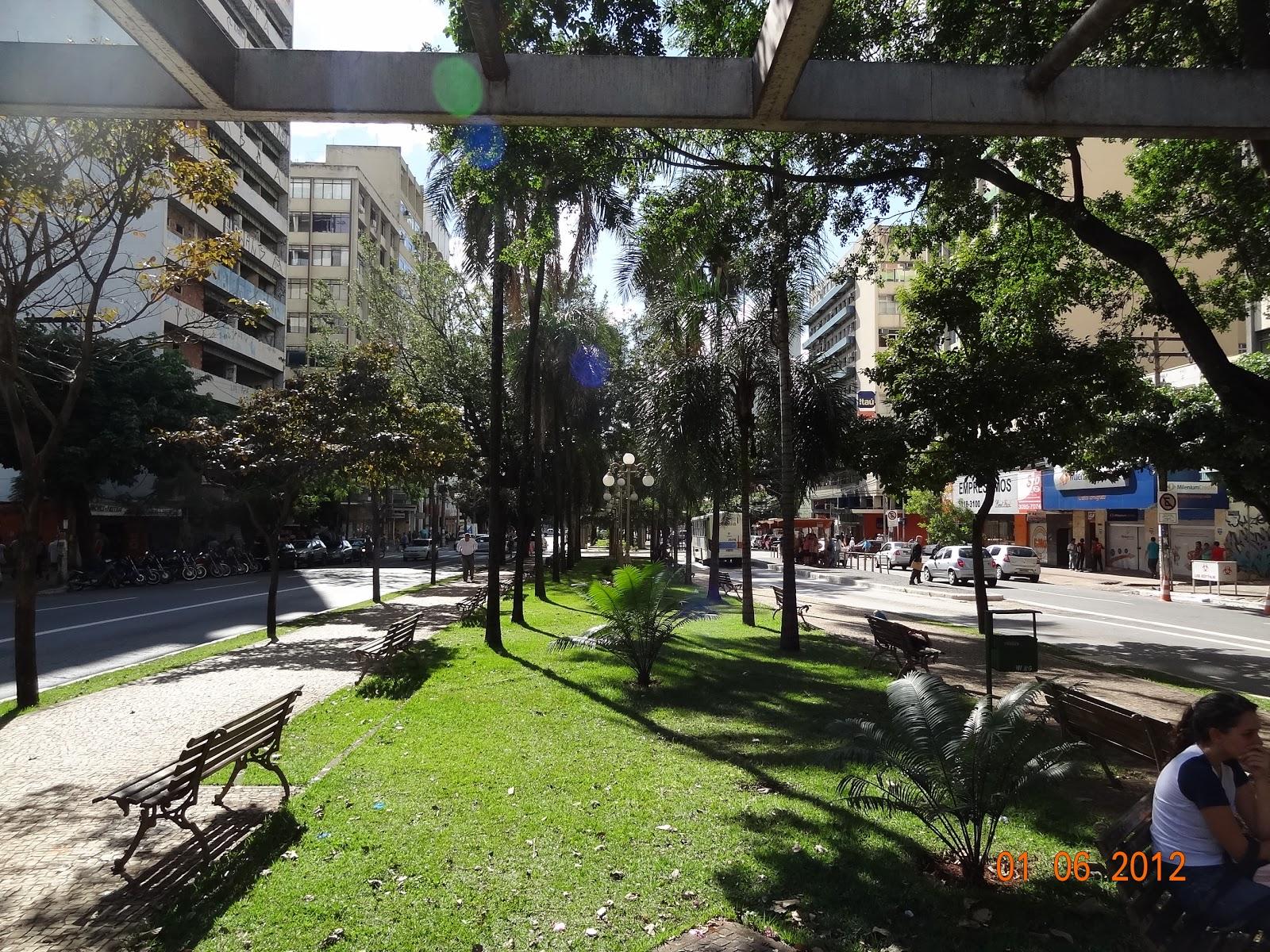Localizado na Av. Goiás 146 (Entre a Rua 01 e 02). #7C9437 1600 1200