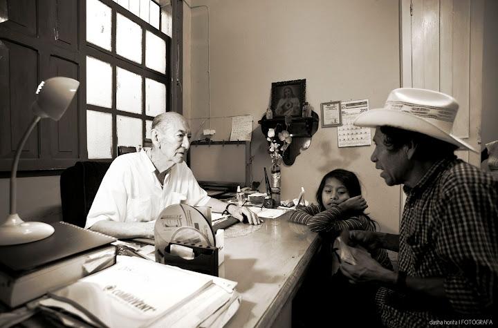 HOMENAJE AL DR. SIMON HAYASHI ESCOBAR.