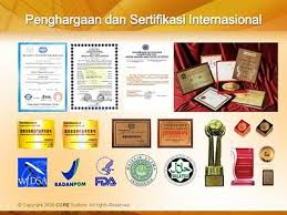 PENGHARGAAN DAN PENGHARGAAN INTERNATIONAL