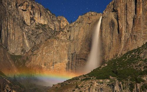 Cascada - Upper yosemite falls moonbow - Cascade