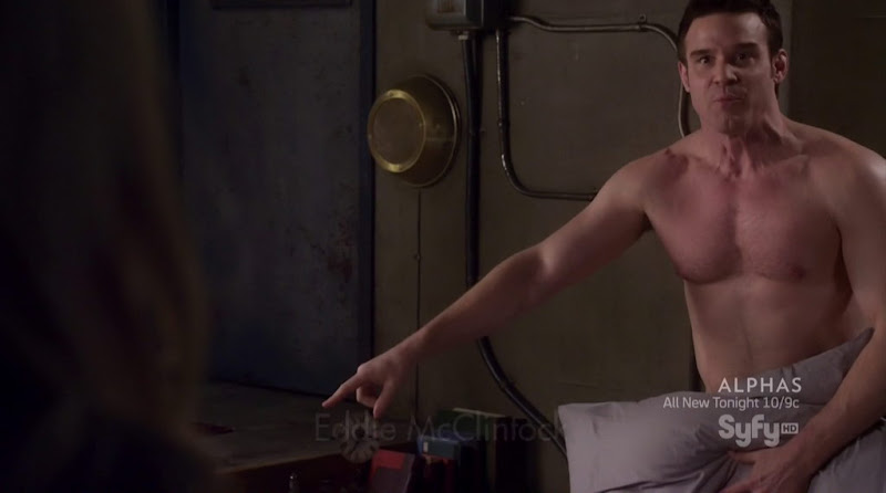 Eddie McClintock Shirtless in Warehouse 13 s3e03