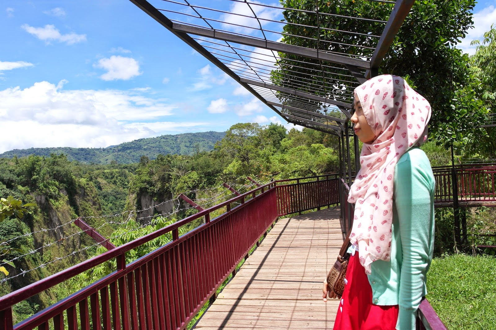 Objek Wisata Baru Ngarai Maaram Di Bukittinggi Jalan Sumatera Barat