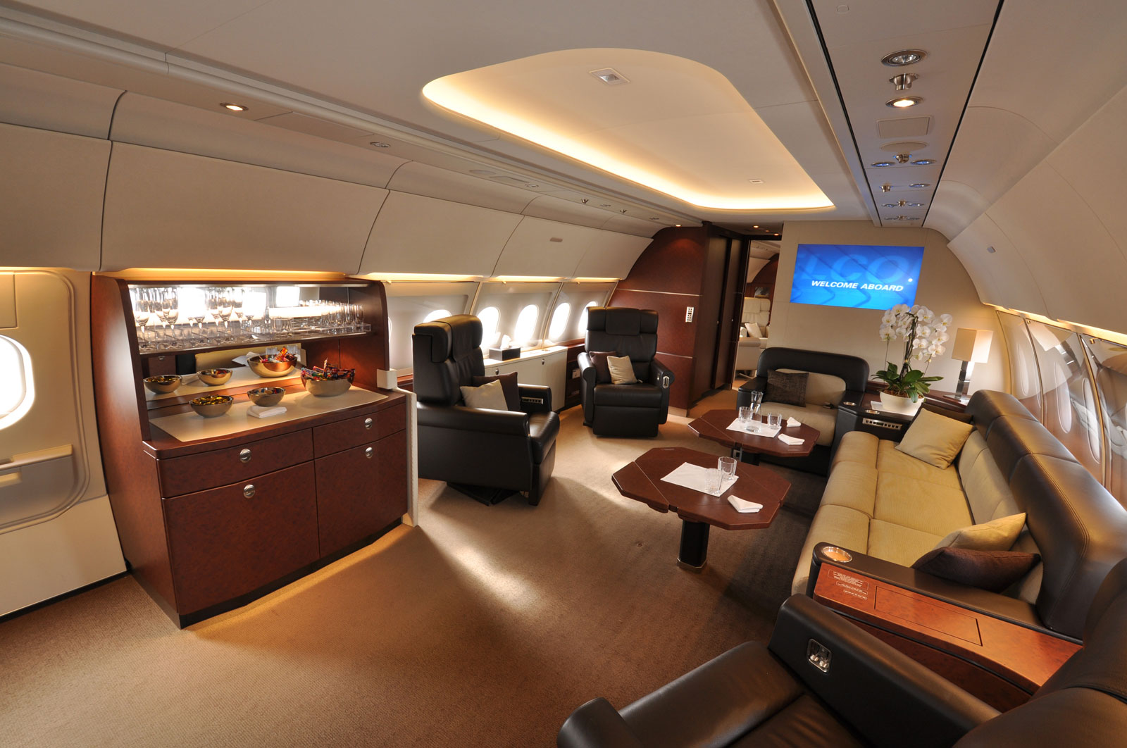 Luxury private jets bellisima for Small luxury hotels of the world wiki