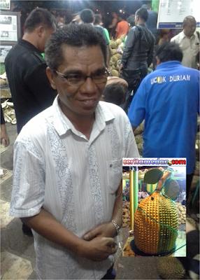 Pemilik Ucok Durian itu Pak Zainal Abidin Chaniago, Bukan Orang Batak !