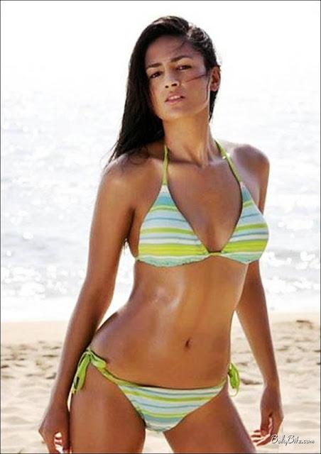 Bollywood Actress Navel Bollywood Actress: Aruna Shields Navel