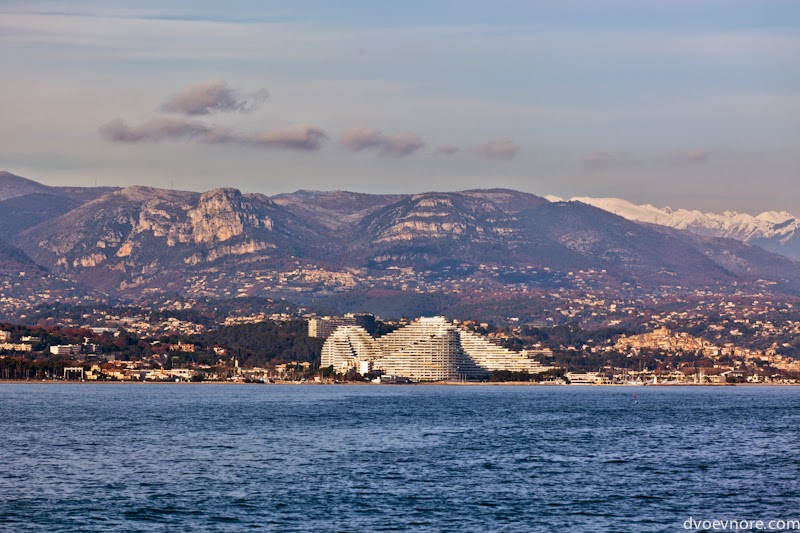 Вид Лазурного берега, Франция. Cote d'Azur, France view
