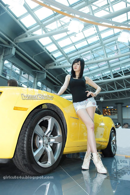 9 Hwang Mi Hee at Chevrolet Exhibitions-very cute asian girl-girlcute4u.blogspot.com