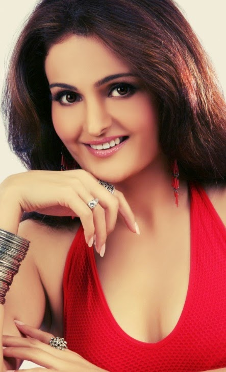 Monica Bedi Wallpapers Free Download