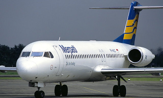 Foto Gambar Pesawat Terbang Merpati Airlines 19