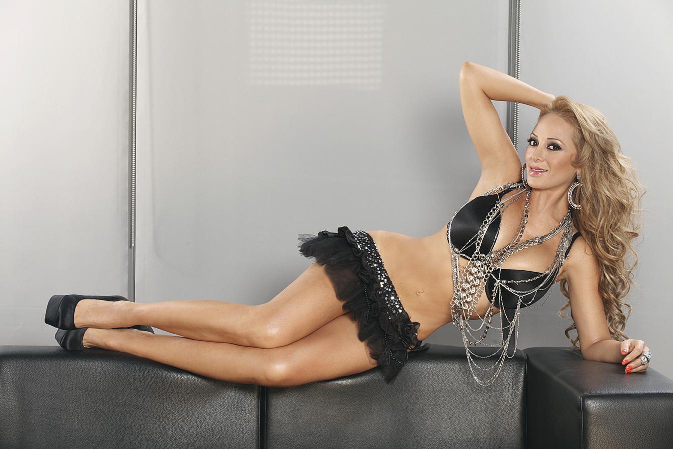 Ivonne Soto, ¡disfruta esas curvas que hipnotizan!
