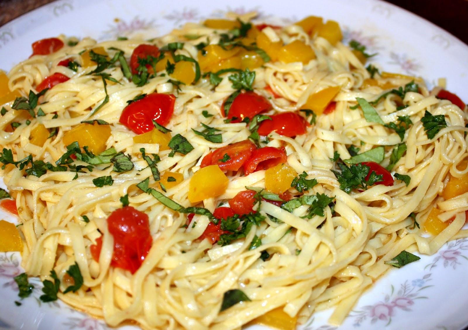 Herb Garden Hodgepodge Pasta Primavera Little Blog On The Internet