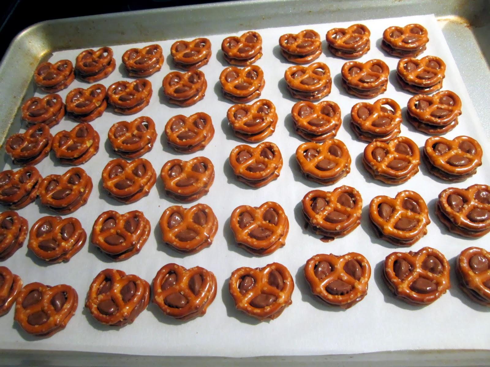 Rolo Pretzels With Pretzel M&M's Recipes — Dishmaps