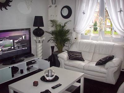 Decoração da sala em preto e branco